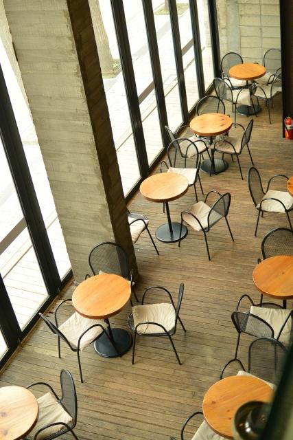 カフェ店内俯瞰